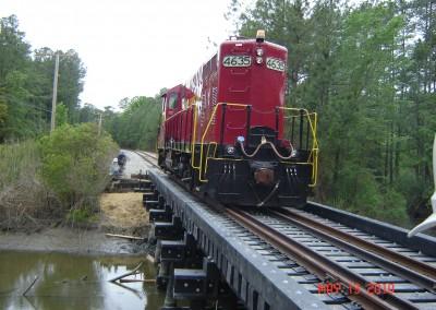 AV RAIL BRIDGE & LOCO. 5-10-10 (2)