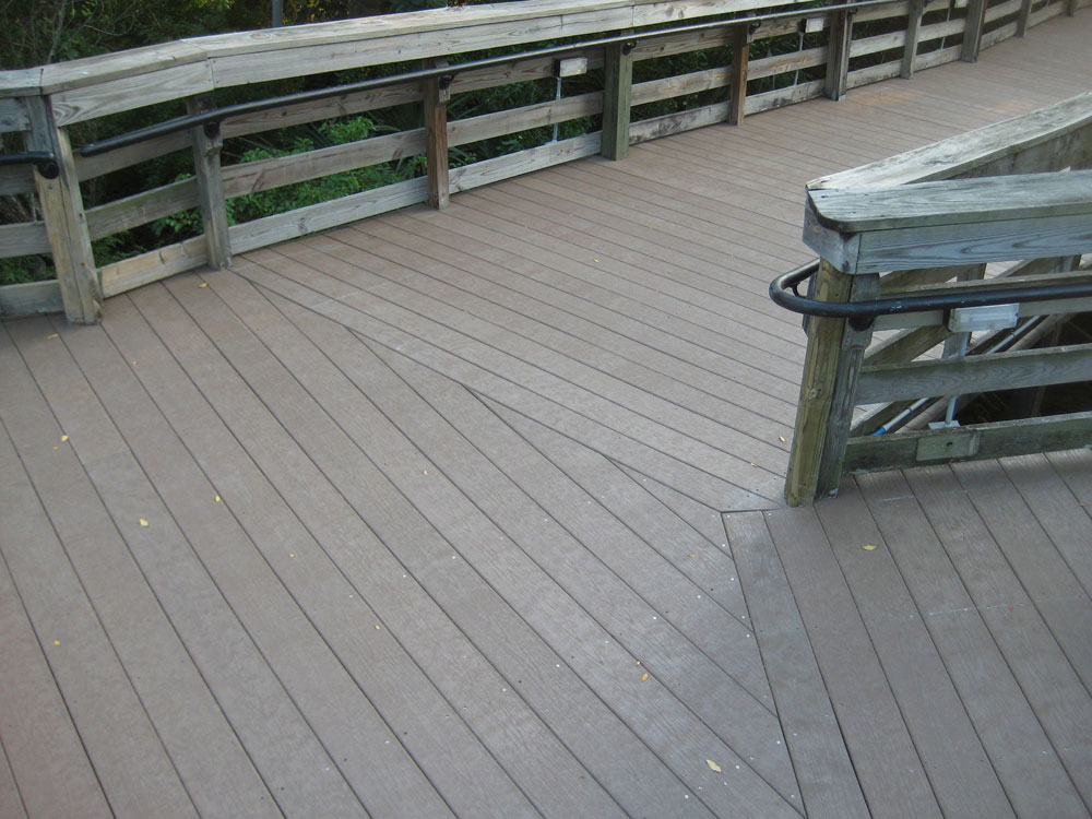 Plastic lumber application gallery marine bridges for Recycled plastic decking