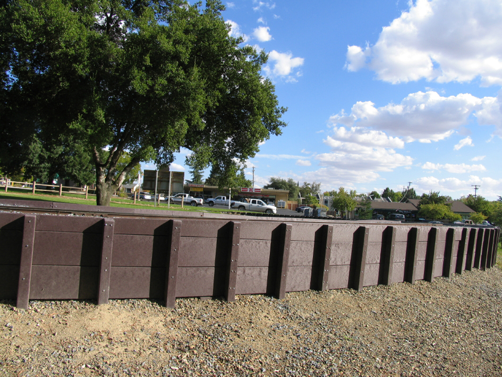 Recycled Plastic Landscaping Timbers : Recycled plastic lumber for llandscape application